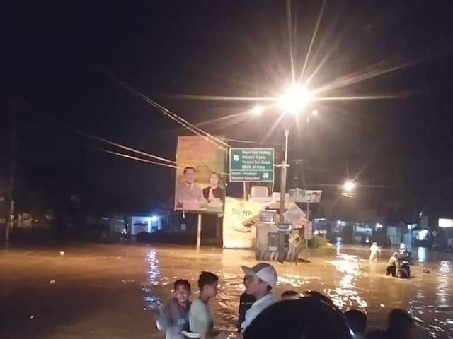 Hujan Deras Selasa Sore, Kawasan Bandung Selatan Dikepung Banjir