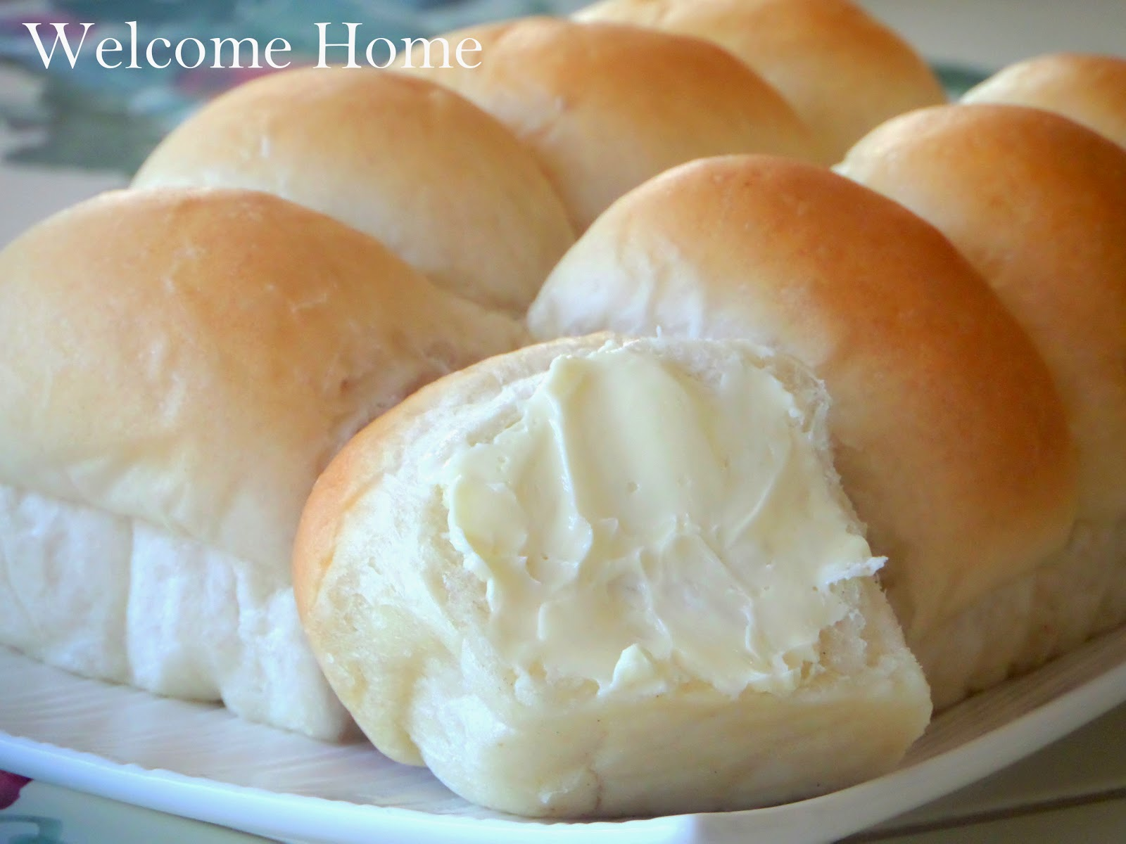 Welcome Home Blog: Homemade Dinner Rolls (Yeast Rolls)