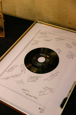 record guest book