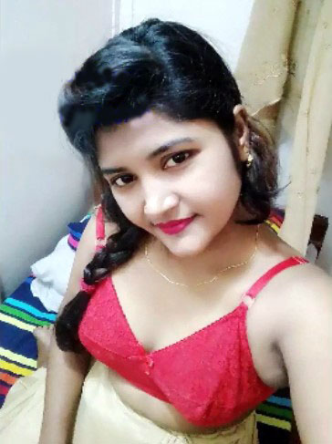 Bangladeshi Girl Nude Selfie Pics