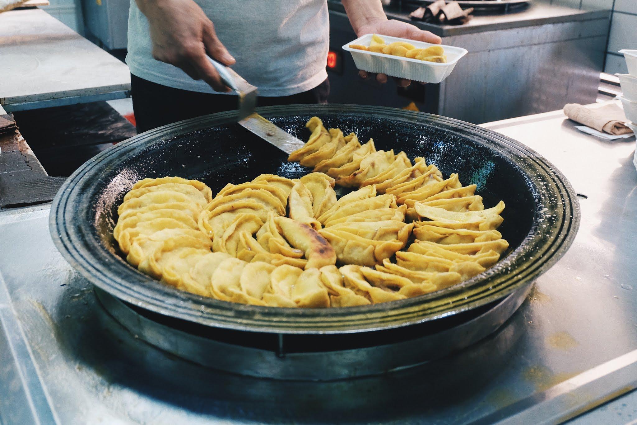 Mencicipi Guotie Resto Halal di Nanjing - Liji Islamic Restaurant (李记清真馆)