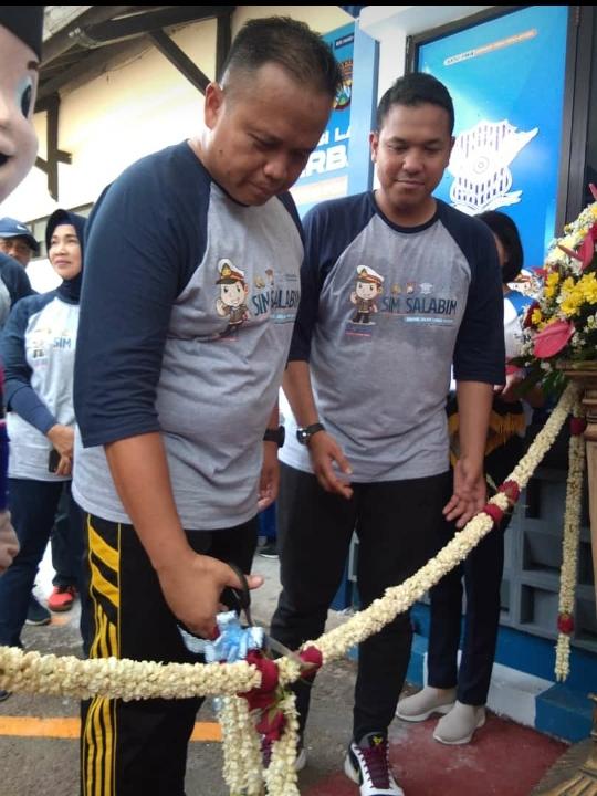 Kapolres Malang Launching SIM Salabim Di Satpas Singosari
