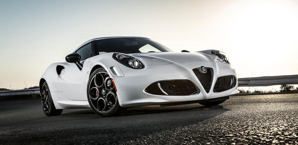 2015 Alfa Romeo 4C white