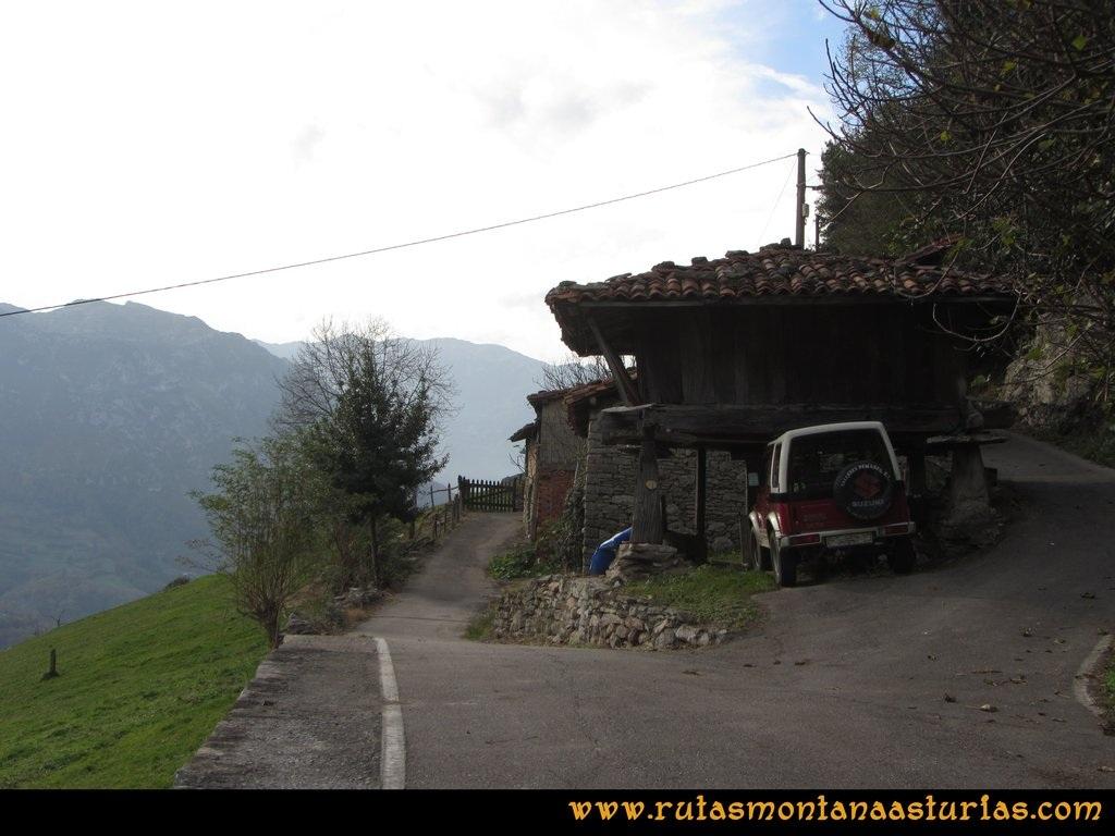 Ruta Baiña, Magarrón, Bustiello, Castiello. Portilla, camino del pico Castiello