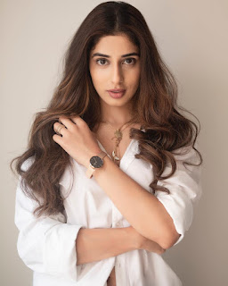 Jasmine Bajwa Photo