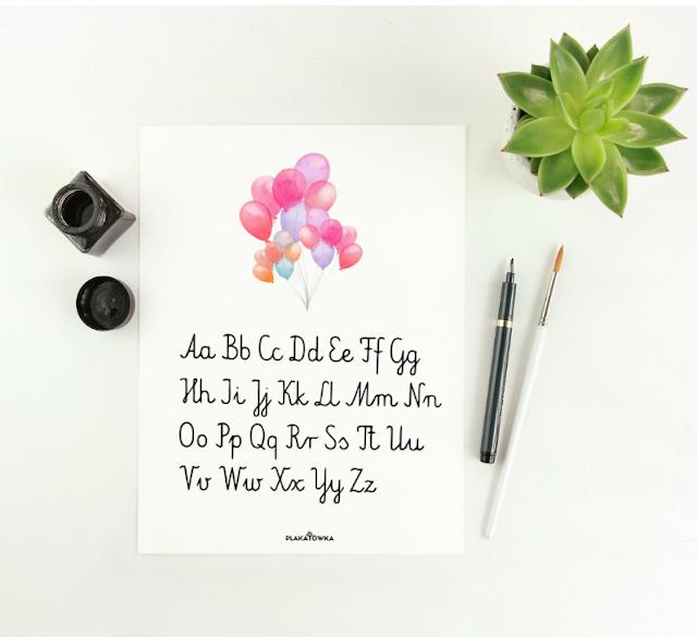 zestawy plakatów z alfabetem i liczbami do pokoju dziecka