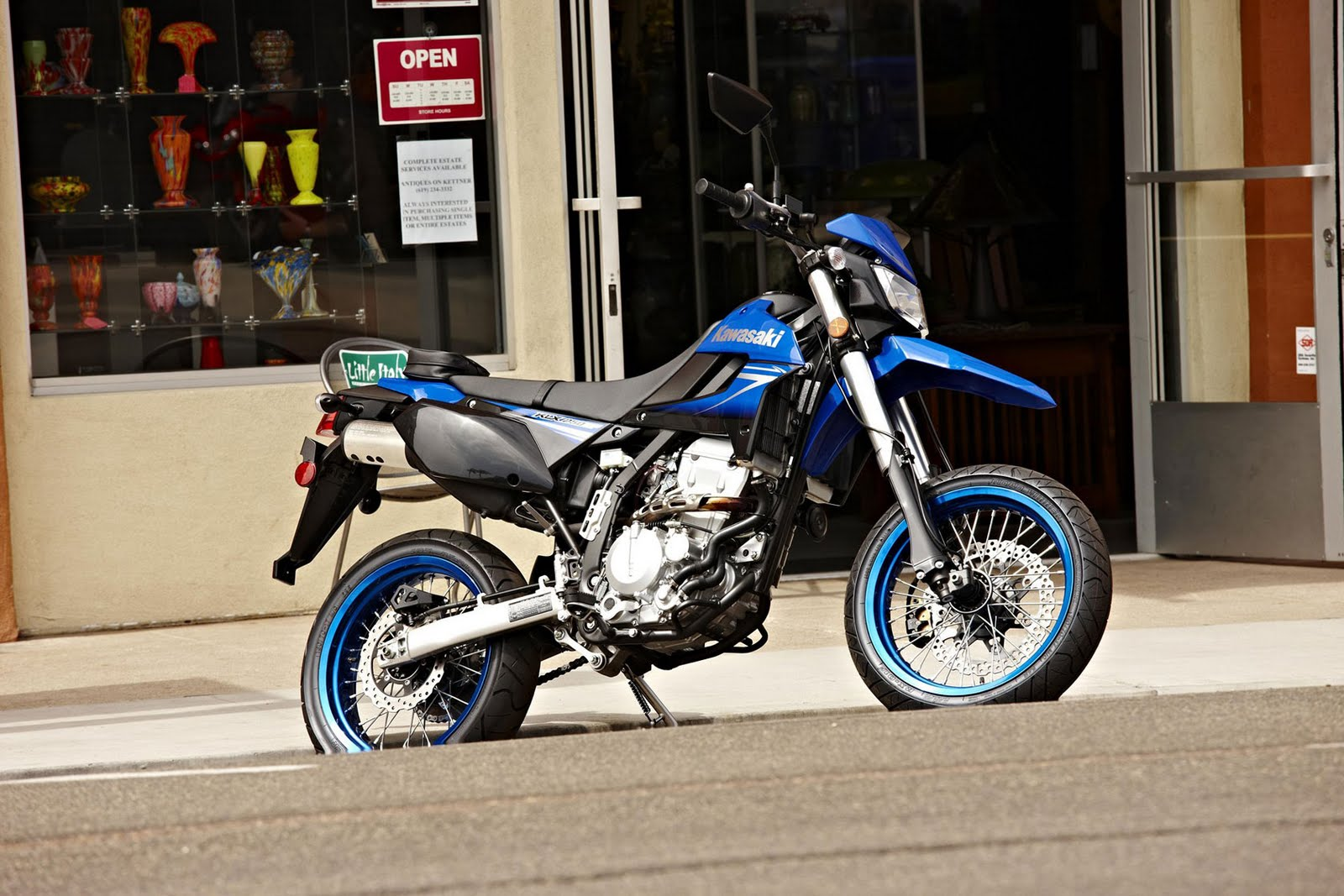 Kawasaki KLX 250 SF Supermoto 2010 Blue