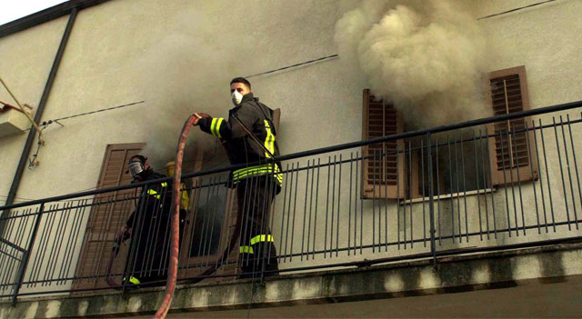 Kebakaran di Caronia