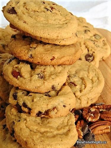Aunt Joan's Jumbo Peanut Butter Chocolate Chip Cookies