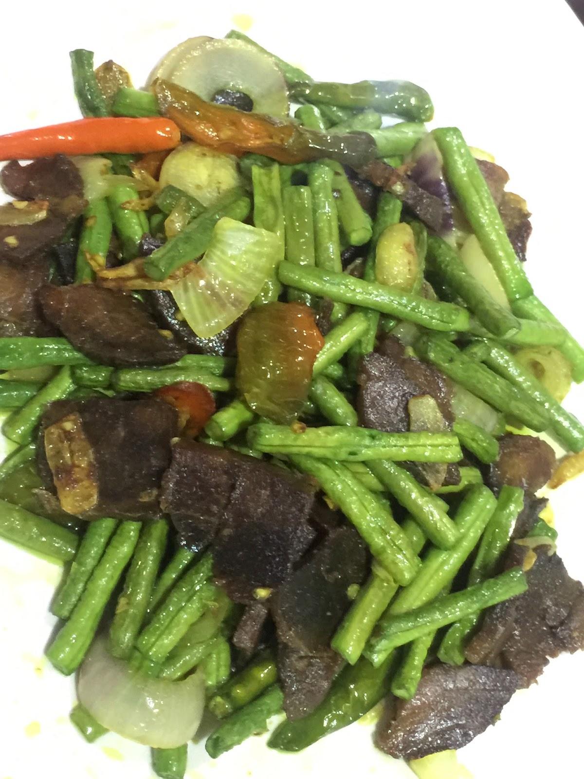 hidangan malam jumaat, sambal sardin, sup sayur, khasiat sayuran hijau, daging goreng kunyit, menu sihat, menu sedap dan mudah
