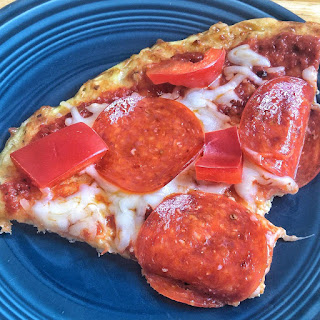 keto pizza, keto pizza bread, low carb pizza, low carb breakfast pizza, low carb, keto, keto recipes, ketogenic, keto breakfast, Jaime Messina, exogenous ketones, ketones, pruvit