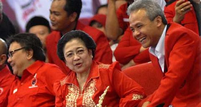 "Ganjar ""Dimusuhi"" Kubu Puan, Drama Politik Megawati-SBY Kembali Terulang?"