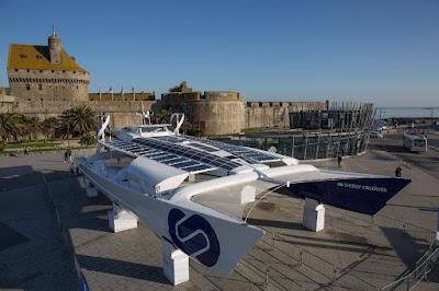 Energy Observer à Saint Malo
