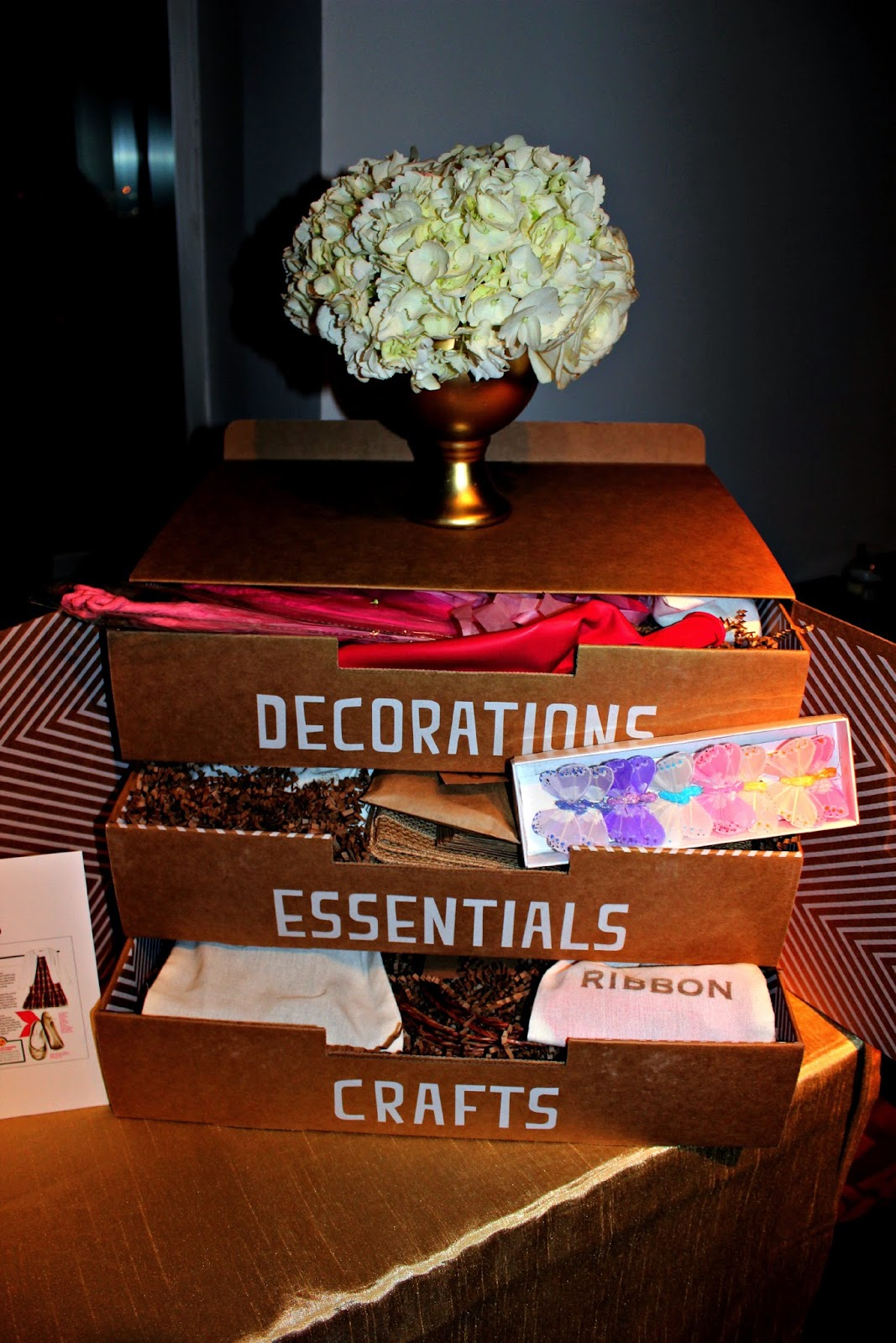 Celebrate the Season InStyle Decorations Essentials Crafts #CelebrateInStyle