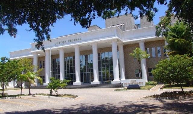 Justiça Federal absolve açougueiro encontrado com dinheiro falso por causa de 'flagrante ilegal'