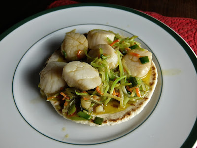 Scallops and Broccoli Slaw: photo by Cliff Hutson