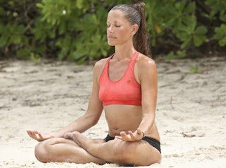 Picture of Kelly Wiglesworth doing yoga