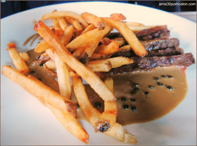 Steak Frites au Poivre 5 oz  $18
