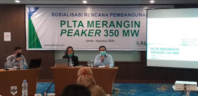 Staf Ahli Perencana PT KMH Secara Resmi Membuka Sosialisasi Rencana Pembangunan PLTA Merangin PEAKER 350 MW.