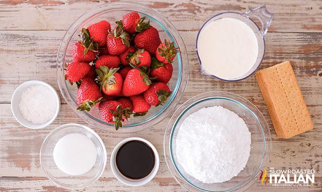 Strawberry Icebox Cake (No-Bake)