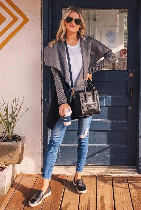 casual style addiction / coat + white top + crossbody bag + jeans + loafers