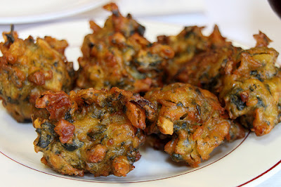 Kanda Bhajiyas The Best Food In Mumbai