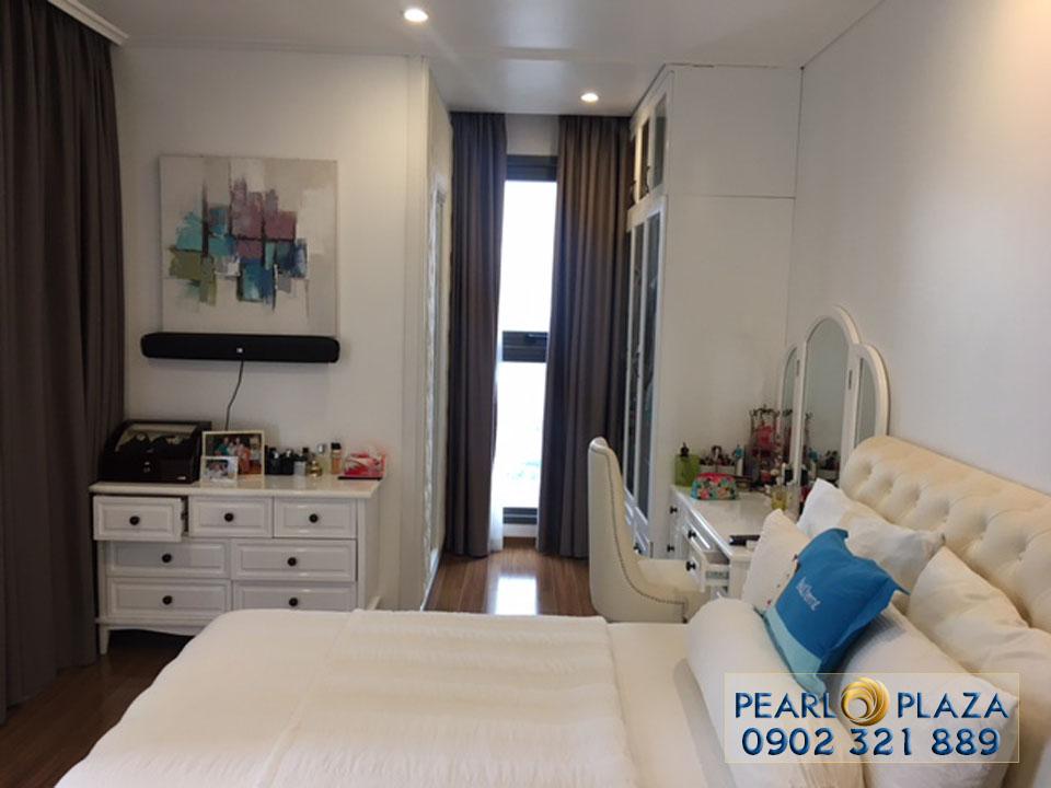 cho thue can ho chung cu pearl plaza - phòng ngủ 2 view tủ quần áo