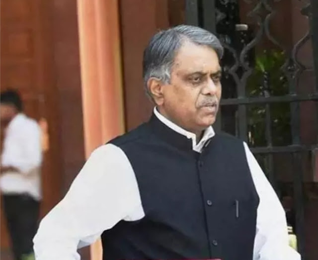 Former Cabinet Secretary PK Sinha appointed OSD in PMO