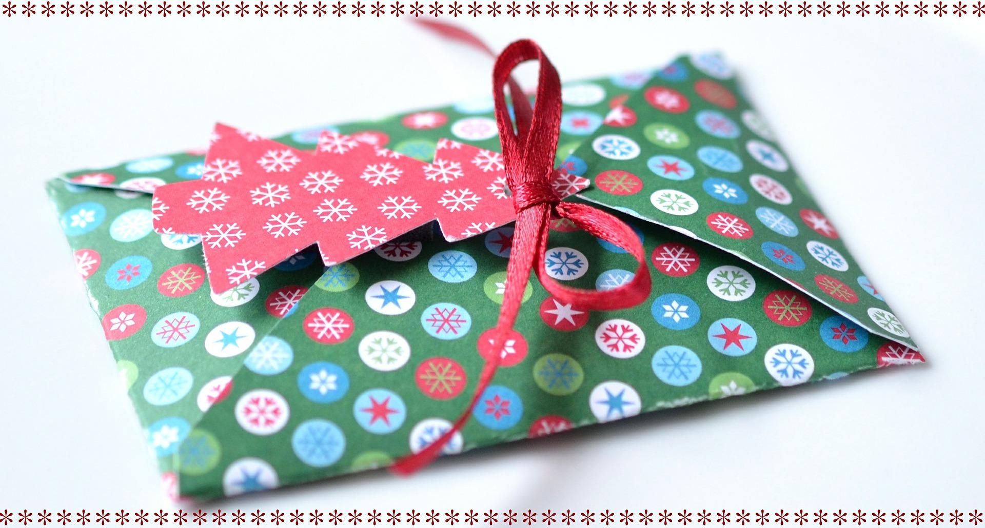 Wish List  : 5 idées de cadeaux de Noël à faire à une trentenaire! 🎁