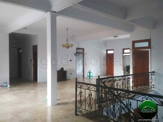Rumah Luas jalan Lempongsari dekat UGM