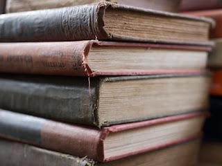 القراءات القرآنية: رسم المصحف و علاقته بالقراءات - تعريف الرسم لغة واصطلاحا- طبيعة رسم المصاحف الآولى وعلامات ضبطها