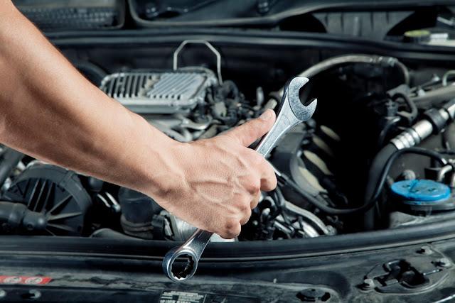 Hasil gambar untuk service mobil