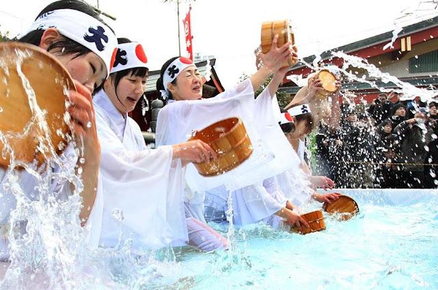 Kanchu-Misogi (The purification) at Kanda-Myojin, Tokyo