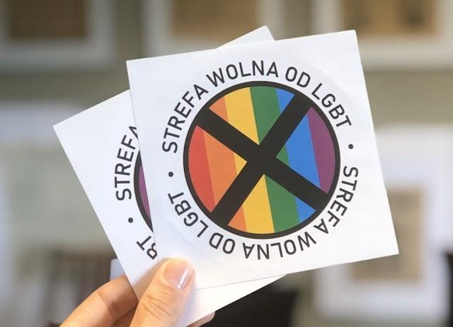 """IN ROVINA FINANZIARIA LA CITTÀ POLACCA SIMBOLO DELLE """"ZONE LIBERE DA LGBT"""""""