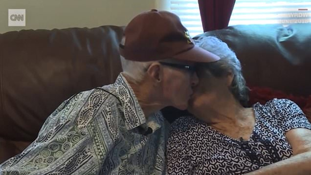 After 71 Years Of Marriage, This Couple Died On The Same Day