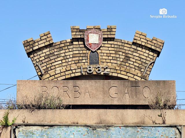 Monumento a Borba Gato (coroamento)