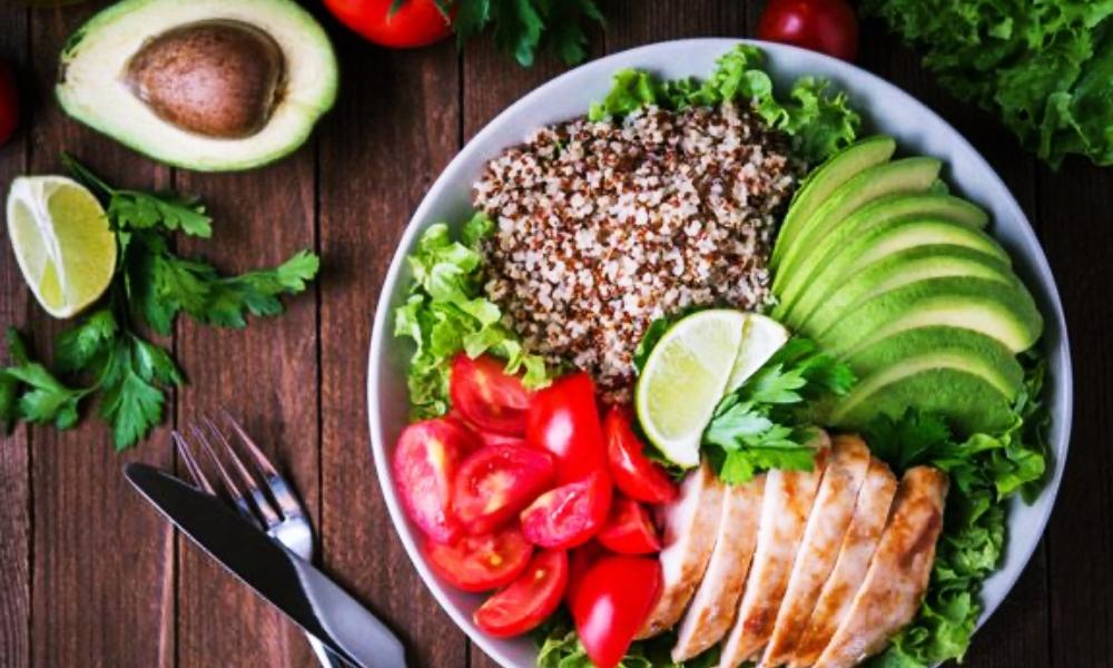 Intuitiv essen: Darum sollten wir wieder auf unseren Körper hören