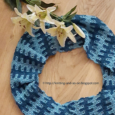 Stack Overflow Cowl - free knitting pattern by Knitting and so on