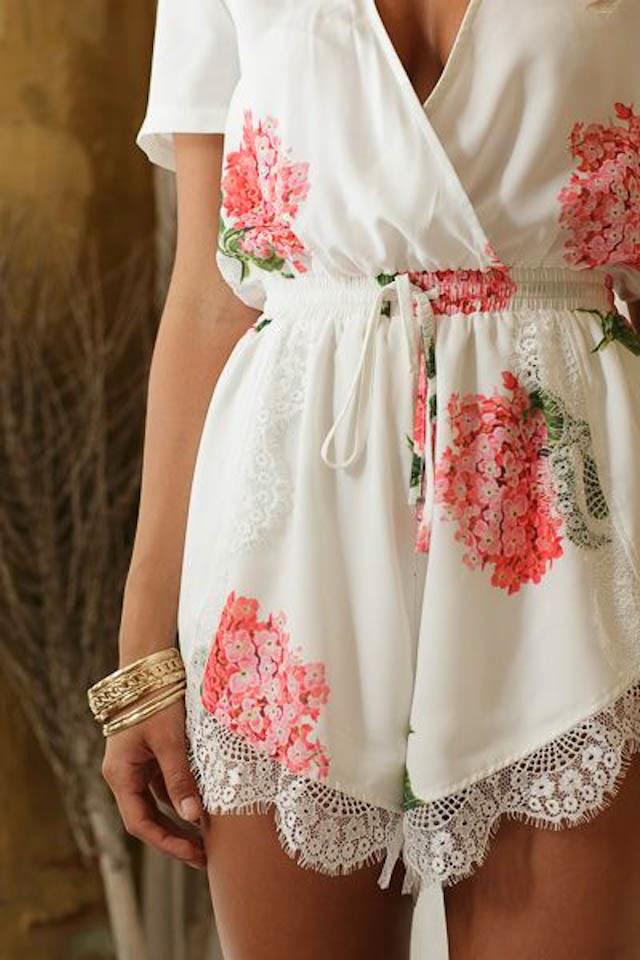 Lencer a bonita a todo confetti blog de bodas y for Ropa interior de novia