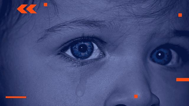 رؤية الميت في المنام وهو حي ويعانق شخص حي و يبكي الاثنان