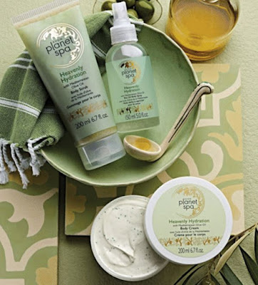 Avon Planet Spa Heavenly Hydration Bath & Body Collection