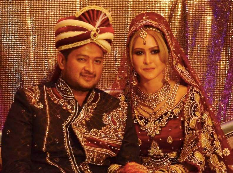 Badukan Com Biodata Datuk Paduka Kaiser Gurmeet Harden Suami Eina Azman
