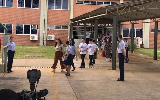 Anápolis: Grupo deixa quarentena na Base Aérea após 14 dias