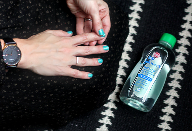 10 Awesome Beauty Hacks Using Baby Products