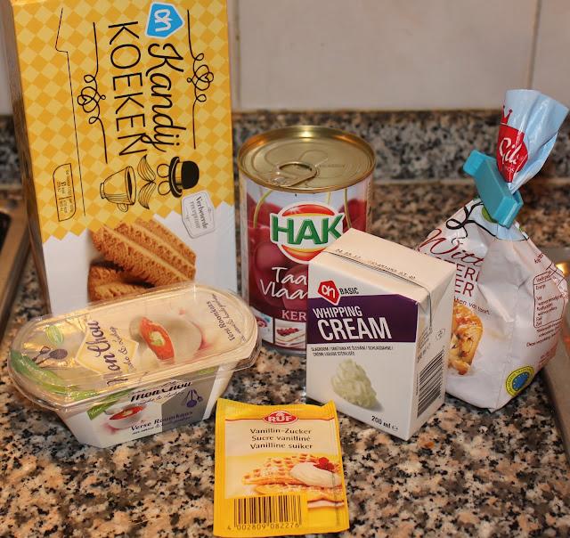 Koeken, suiker, fruit, slagroom en mon chou