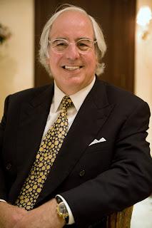Frank_W._Abagnale_in_2008.jpg