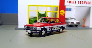 Nissan Service Bluebird 510 Tomica
