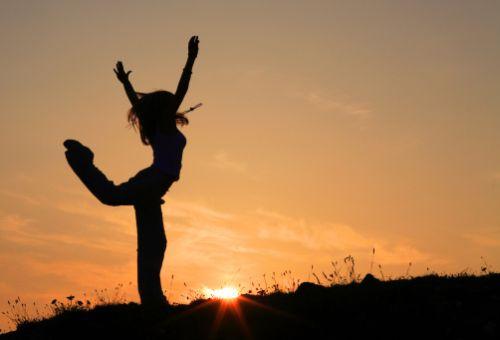 Testemunho de Cura através da Adoração com Dança