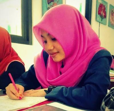 literasi adalah, literasi sekolah, literasi informasi, arti literasi, makna literasi