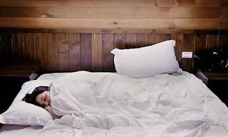 30 Pekerjaan Gampang dan Unik Tapi Gajinya Gede - Tukang Tidur Profesional